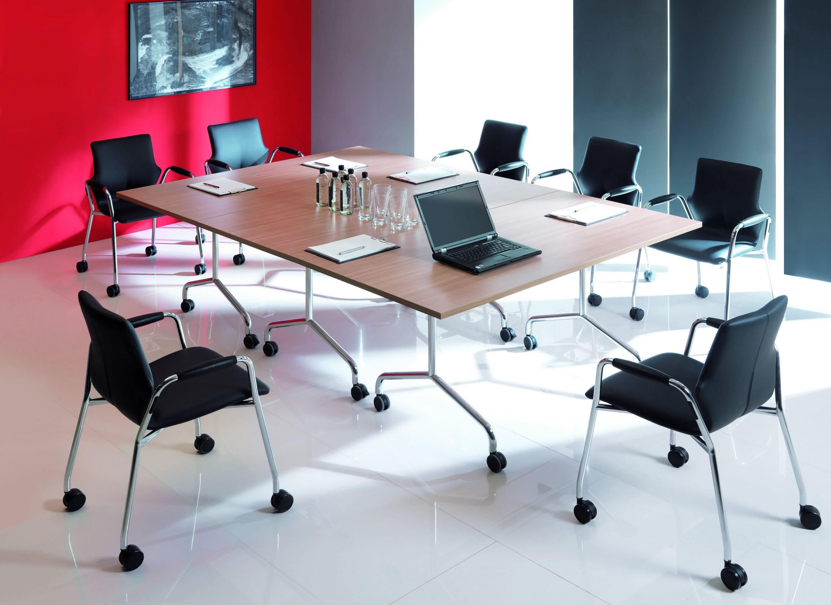 klappbare konferenztische auf rollen tischsystem. Black Bedroom Furniture Sets. Home Design Ideas